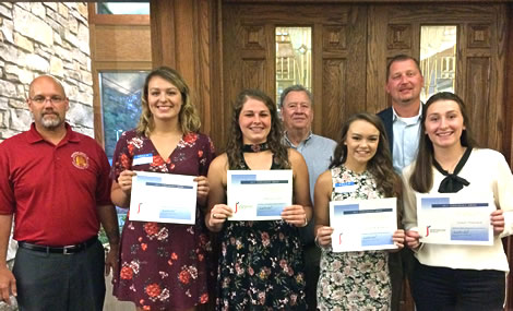 2017 roofing scholarship winners